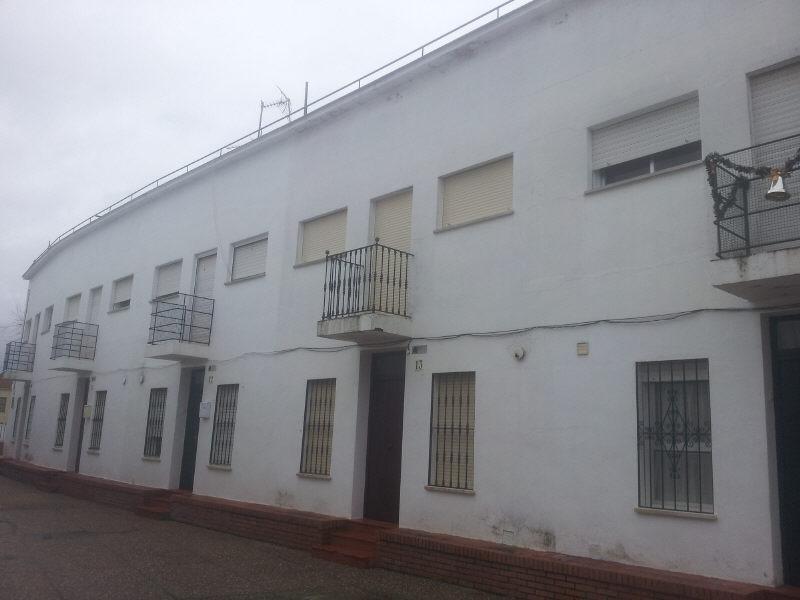 Casa en venta con 103 m2, 4 dormitorios  en Castilblanco de los Arr...  - Foto 1