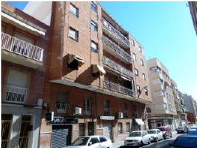 Vivienda en venta c monserrate guilabert valero 30 elx servihabitat - Compartir piso en alicante ...