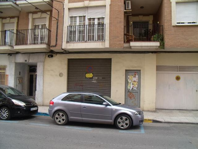 Local en alquiler larga duración con 284 m2,  en Centro, Villacerrada,