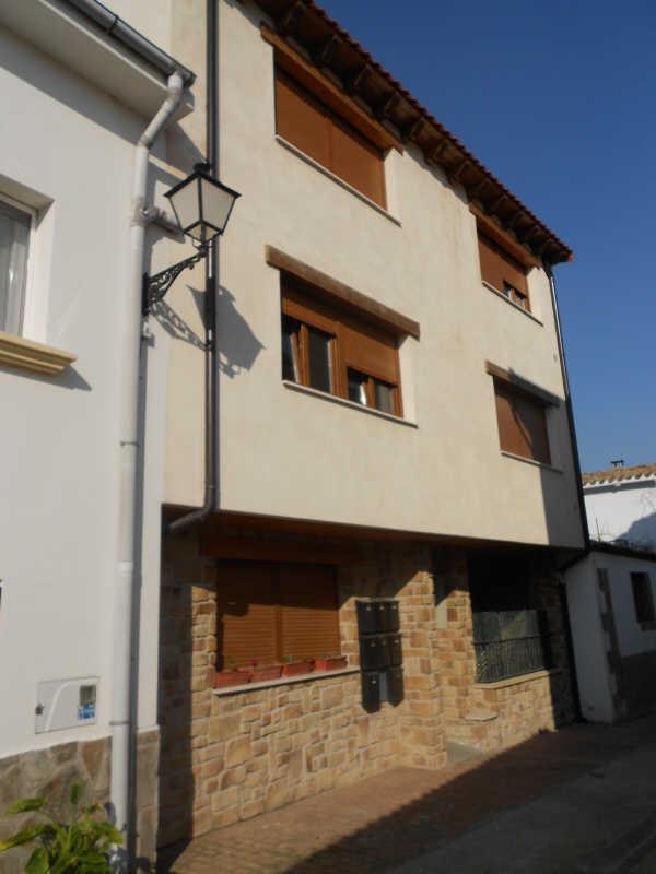 Dúplex en venta con 111 m2, 2 dormitorios  en Ucar