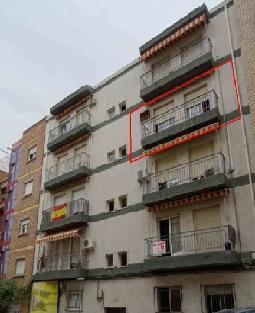 Piso en venta con 98 m2, 4 dormitorios  en Peñamefecit - Estación (Jaé